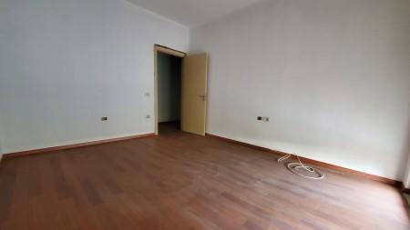 Apartament 3+1 - Shitje Rruga Liqeni i Thate