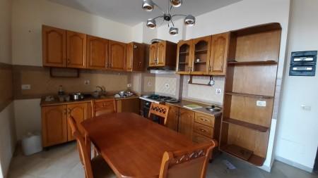 Apartament 2+1 - Shitje Rruga Foto Xhavella