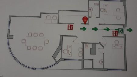 Zyrë - Qira Rruga Bardhok Biba