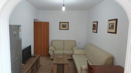 Apartament 2+1 - Shitje Rruga Petro Marko