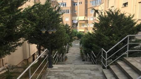 Apartament 2+1 - Qira Rruga Peti