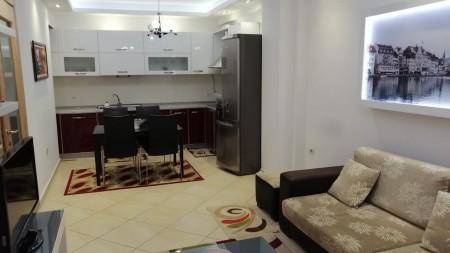 Apartament 2+1 - Shitje Pazari i Ri
