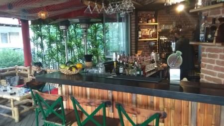 Bar-Restaurant - Qira Rruga Sami Frashëri