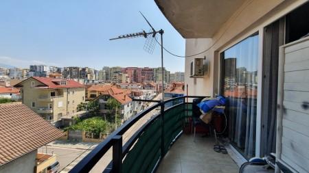 Apartament 1+1 - Shitje Rruga Babë Rexha