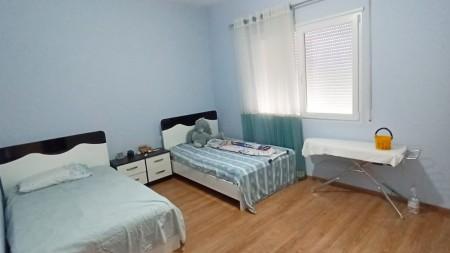 Apartament 2+1 - Qira Rruga Rexhep Pinari