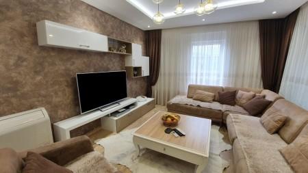 Apartament 3+1 - Shitje Rruga Frosina Plaku
