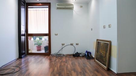 Apartament 1+1 - Shitje Rruga Margarita Tutulani