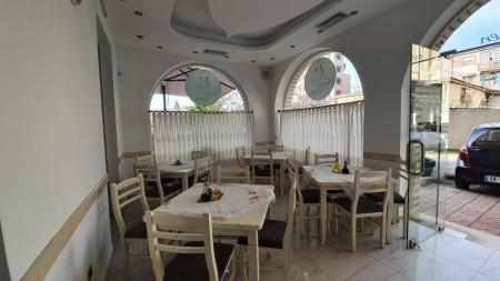 Bar-Restaurant - Qira Rruga Emin Duraku