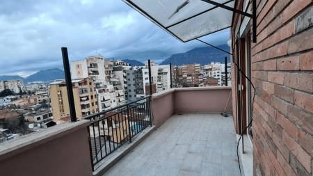 Apartament 2+1 - Shitje Rruga Haxhi Sina