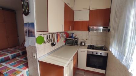 Apartment 1+1 - For sale Rruga Kongresi i Lushnjes