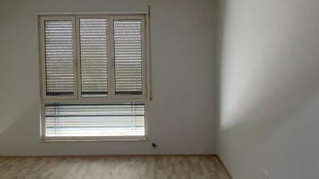 Apartament 2+1 - Qira Rruga Karl Gega