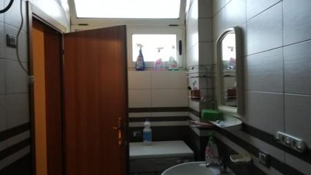 Apartament 2+1 - Shitje Rruga Naim Frashëri
