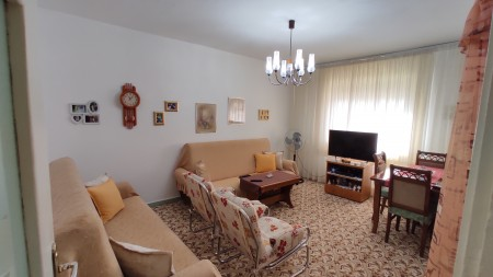 Apartment 1+1 - For sale Rruga Irfan Tomini