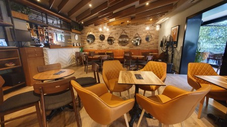 Bar-Restaurant - For sale Rruga Don Bosko