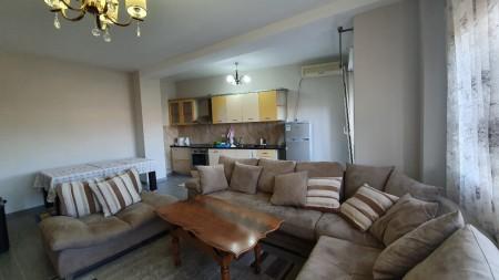 Apartament 2+1 - Qira Rruga e Ullishtes