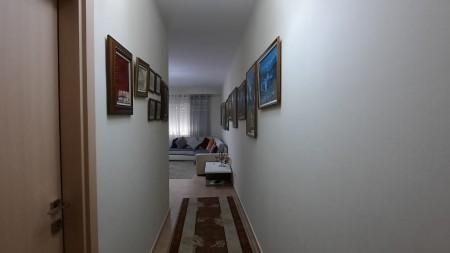 Apartment 2+1 - For sale Rruga Hamdi Sina
