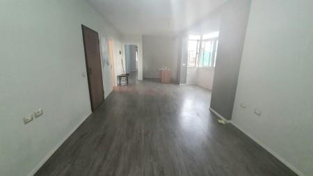 Apartment 1+1 - For sale Rruga Hoxha Tasim