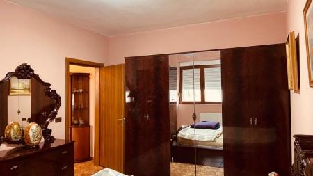 Apartament 1+1 - Qira Rruga Janos Hunyadi