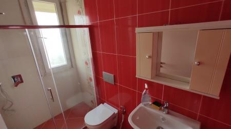 Apartament 3+1 - Qira Rruga Androniqi Zengo Antoniu