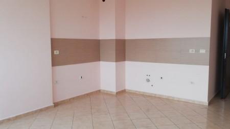 Apartament 2+1 - Shitje Rruga Siri Kodra