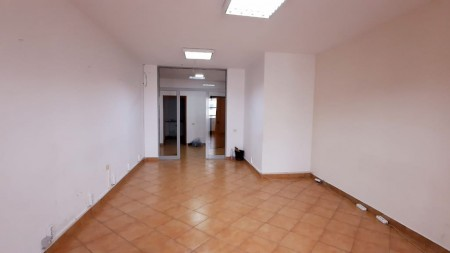 Office - For Rent Zogu I Boulevard