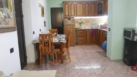 Apartament 2+1 - Qira Rruga Ali Demi